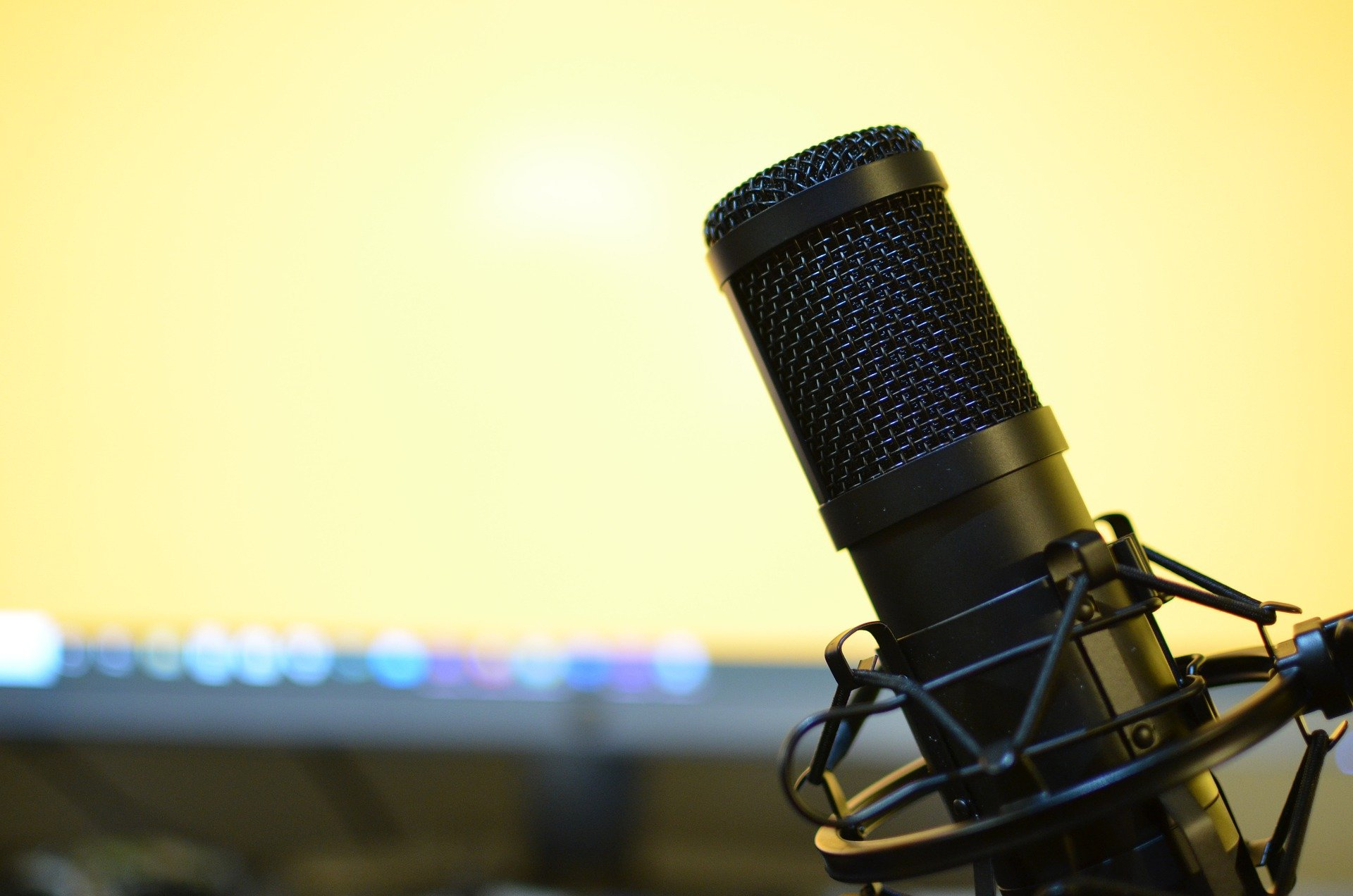 Podcast Microphone to amplify your message