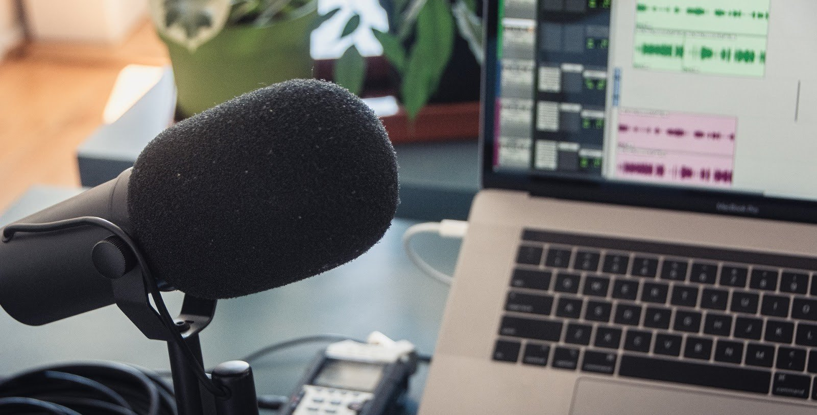 Microphone Podcast Recording